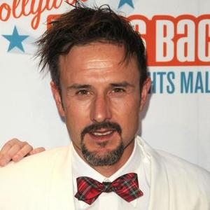 David Arquette Decorates Club With Naked Pictures Of His Mom