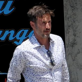 David Arquette interviewed drunk