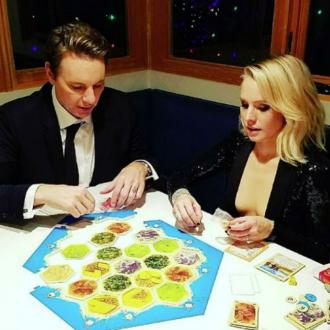 Dax Shepard And Kristen Bell Settled On A Board Game After Golden Globes