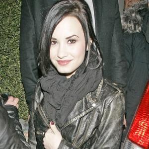 Demi Lovato's Family Blast Dad