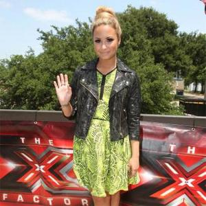 Demi Lovato Tired Of Nagging Simon Cowell