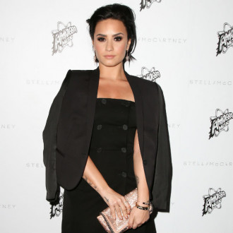 Demi Lovato slams 'harmful' retouching apps