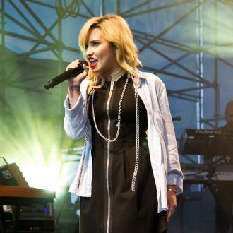Demi Lovato: Simon Cowell will be good dad