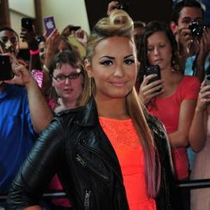 Demi Lovato Explains Self-harming