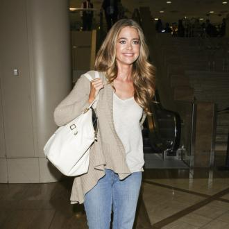Dubble Bubble lover Denise Richards