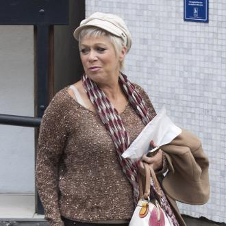 Denise Welch to release novel
