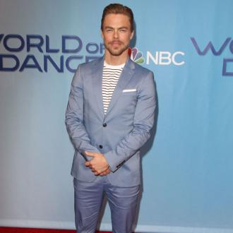 Derek Hough under no pressure to marry