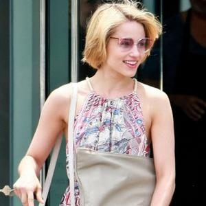 Dianna Agron Dating Gossip Girl Star