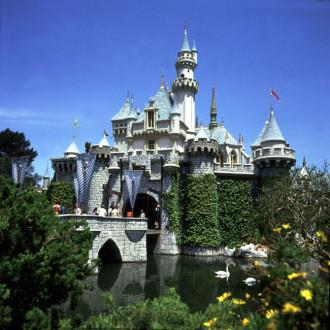 Disney Studios planning movie about Disneyland creation