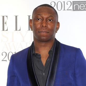 Dizzee Rascal goes crazy with Robbie
