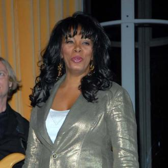 Donna Summer inducted into Rock 'n' Roll Hall of Fame