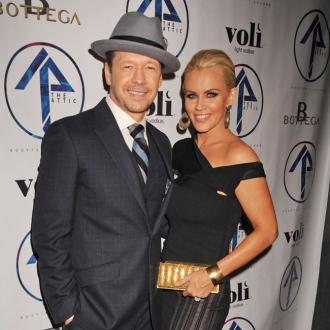 Romantic husband Donnie Wahlberg