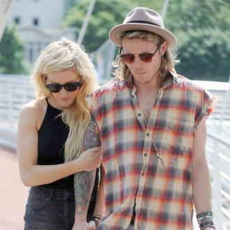 Dougie Poynter and Ellie Goulding getting ready to wed?