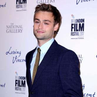 Douglas Booth in talks for Nikki Sixx role