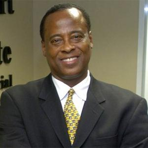 Conrad Murray Cries In Court