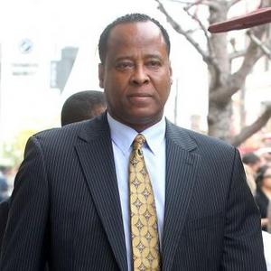 Dr. Conrad Murray Claims Prison Is Making Him Ill