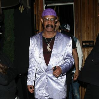 Drake's dad launches RnB career