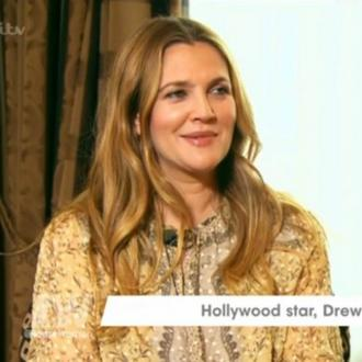 Drew Barrymore holds movie nights for kids on her block
