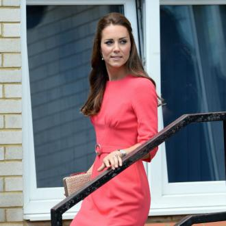 Duchess Catherine joins builders on tea breaks