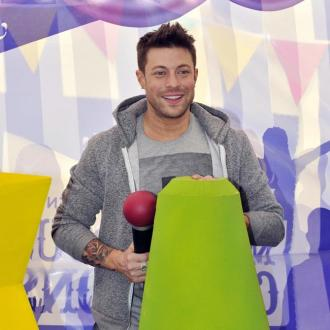 Blue's Duncan James goes bust