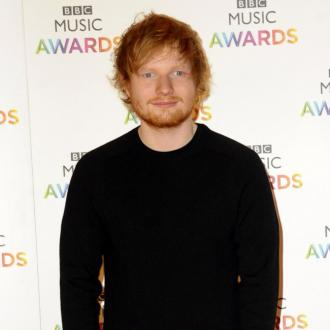 Ed Sheeran Kisses Mystery Girl In Video From Club Night