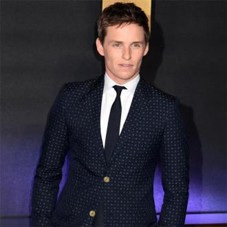 Eddie Redmayne uses public transport