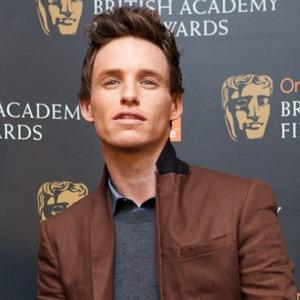 Eddie Redmayne Nervous About Les Miserables Singing