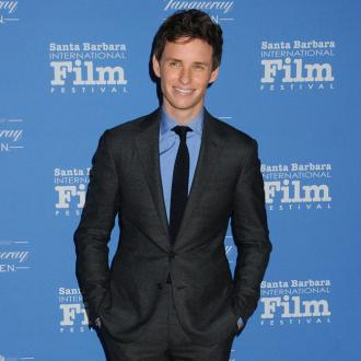 Eddie Redmayne Salutes Caitlyn Jenner's 'Courage'