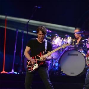 Eddie Van Halen Undergoes Emergency Surgery