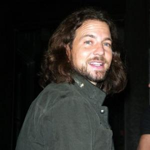 Eddie Vedder's House http://www.contactmusic.com/news/eddie-vedders-dirty-laundry_1113061