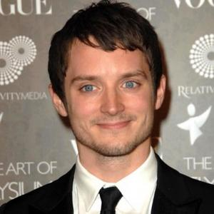 Elijah Wood Splits From Girlfriend