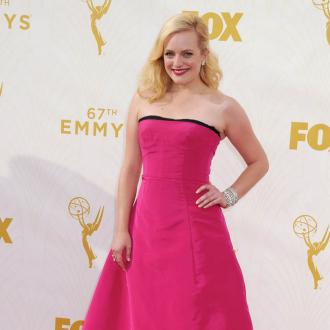 Elisabeth Moss would troll herself