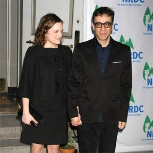 Elisabeth Moss Finalises Divorce