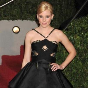 Elizabeth Banks Confirmed For 'The Hunger Games'