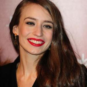 Elizabeth Jagger Inspired By Her Parents