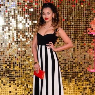 Ella Eyre 'criticised' for her looks