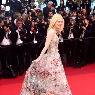 Elle Fanning to wear prom dress on red carpet