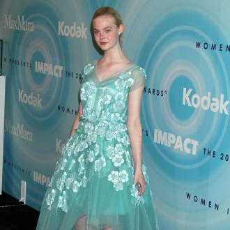 Elle Fanning Plays Down Oscar Chances