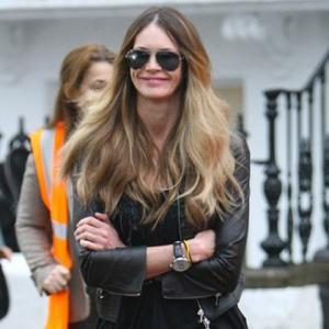 Elle Macpherson Loves Victoria Beckham's 'Timeless' Designs