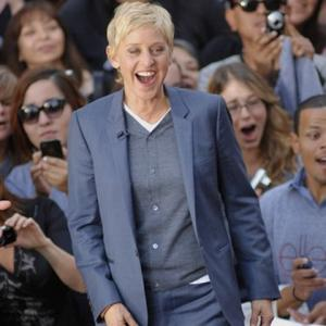 Ellen Degeneres To Host Gala Night For Brad Pitt