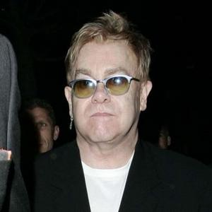 Elton John Splashes Out 30,000 On Cashmere