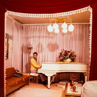 Elvis Presley's Beloved Grand Piano Up For Auction