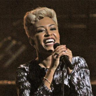 Emeli Sande is iTunes' Artist of the Year 2012