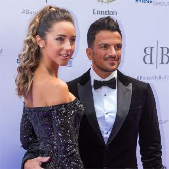 Peter Andre finds juggling brood 'hard'