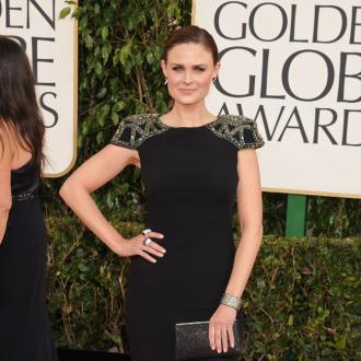Emily Deschanel gives birth to boy