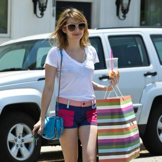 Emma Roberts Soaked By Fan