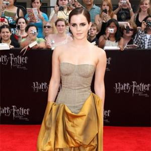 Emma Watson's Experimental Make-up