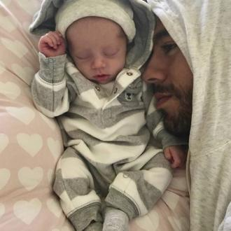 Enrique Iglesias shares first picture of one of his newborn twins