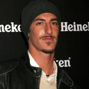 Eric Balfour's Skyline Leap Of Faith