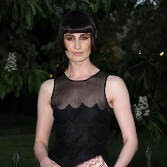 Erin O'connor Updates Look With Accessories